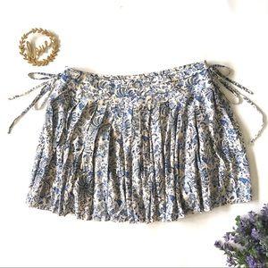 EUC H&M Print Pleated Skirt with Ties